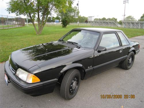 Bob Sowle's 1989 Mustang LX notch