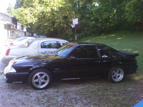 Christopher Willemin's 1988 Ford Mustang GT