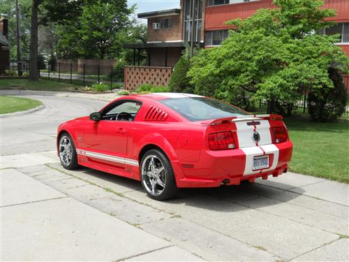 Dave Jones' 2005 Ford Mustang GT