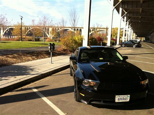 Edwin Hernandez's 2011 Ford Mustang GT