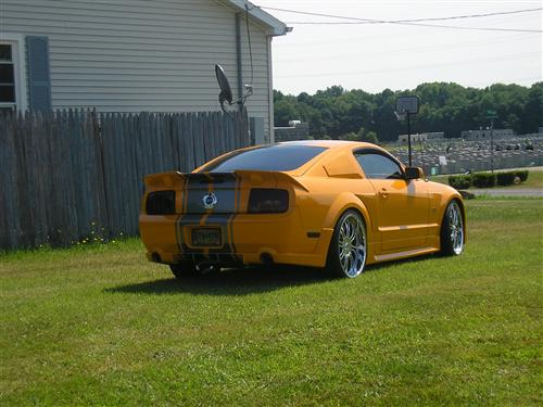 Edwin Santiago's 2007 Ford Mustang GT