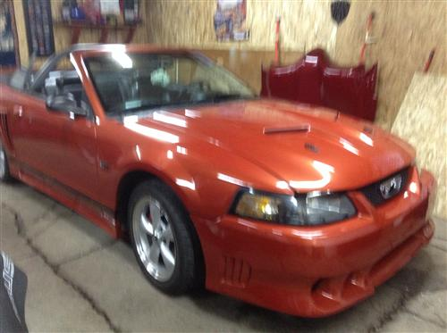 Eric Cormier's 2001 Ford Mustang
