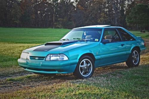 Harris Lue's 1993 Ford Mustang