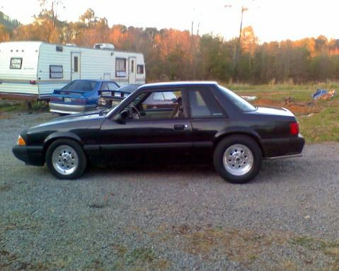 joe barbra's 91 ford mustang