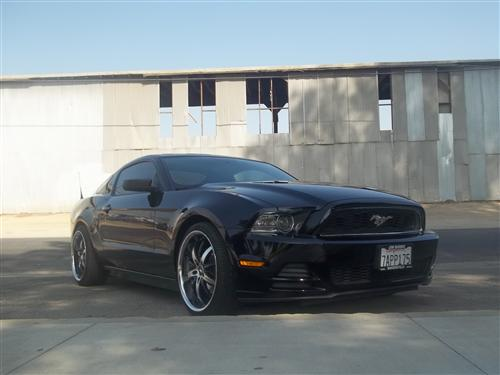 jose luna's 2014 ford mustang