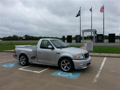 Kelly Hass' 2001 Ford SVT Lightning