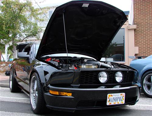 Kirk Mahoney's 2005 Ford Mustang GT