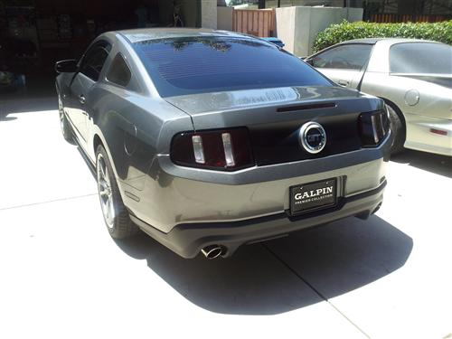 Ladis  Sanchez's 2011 Ford  Mustang