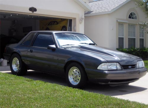 Mike  Decker's 1988 Ford Mustang LX