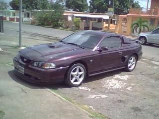 Miguel Rosario's 1996 Ford Mustang