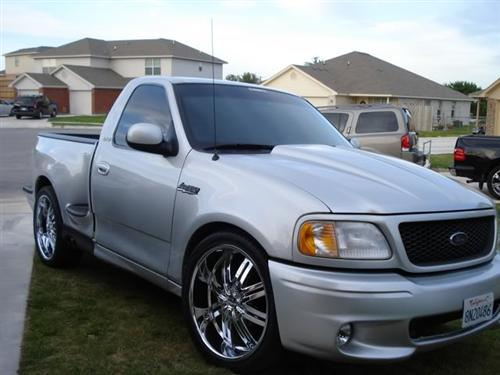RIGO SANCHEZ's 2000 FORD LIGHTNING