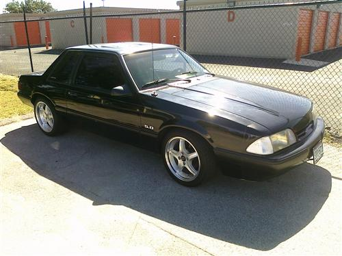 S Harper's 1990 Ford Mustang LX 5.0