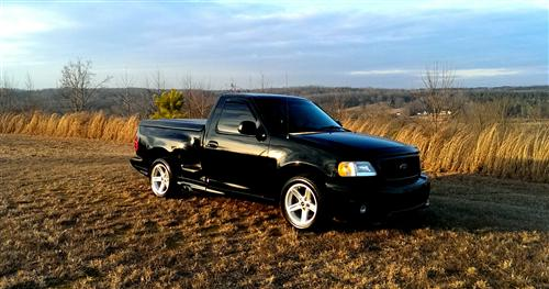 Tom Longerbeam's 1999 Ford F-150 Lightning