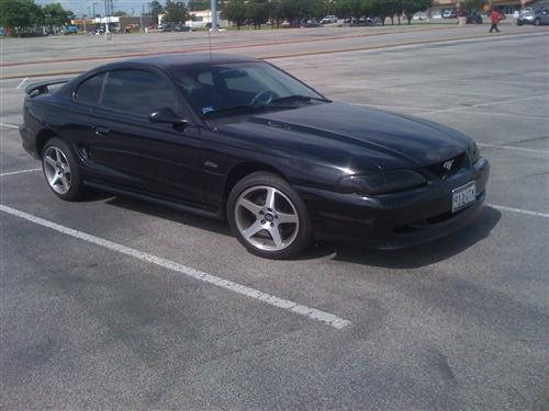 Tyler Byers' 1997 Ford Mustang