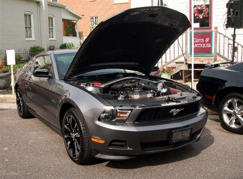 Wayne Gallagher's 2011 Ford  Mustang V6