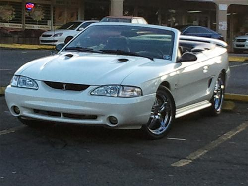 william  santiago flores' 1998 mustang cobra Svt